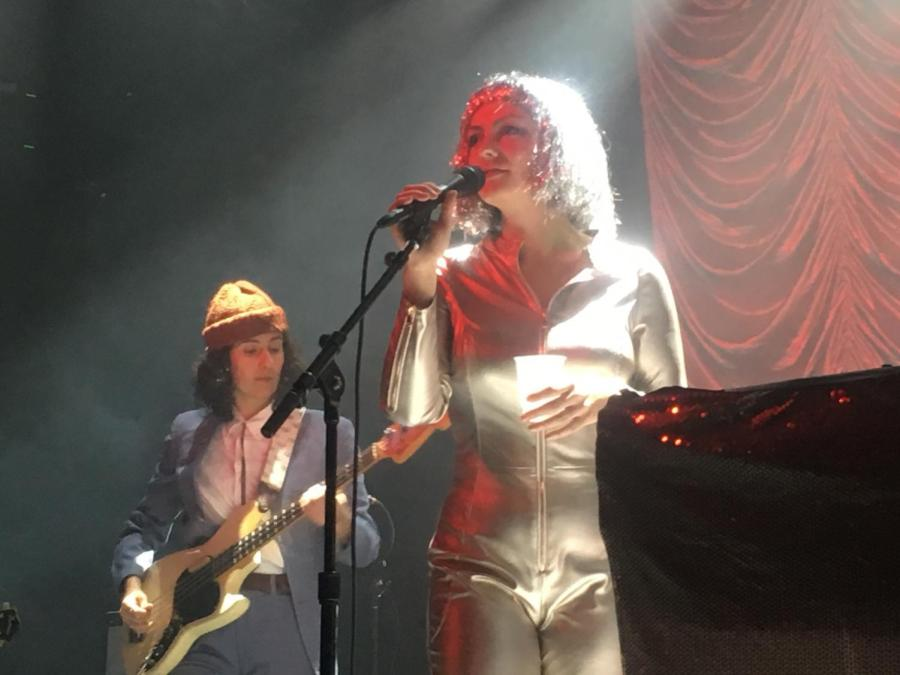 Indie+folk-rock+singer%2Fsongwriter+Angel+Olsen+gave+an+electrifying+performance+to+a+packed+audience+at+Brooklyn+Steel+on+Dec.1.+%0A
