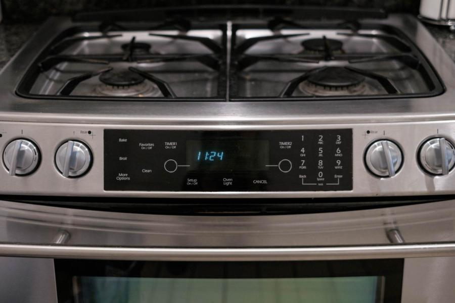 A stovetop in Gramercy Hall