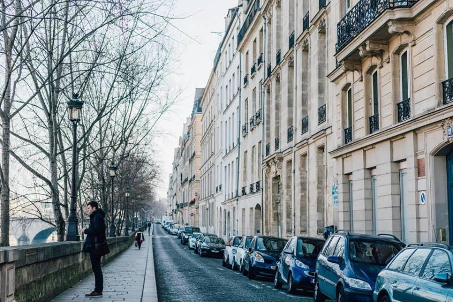A Paris street