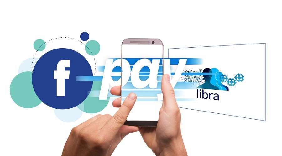 Facebook%E2%80%99s+new+cryptocurrency%2C+Libra%2C+is+based+off+a+model+in+which+validators+are+also+stakeholders.+%28Graphic+via+Pixabay%29