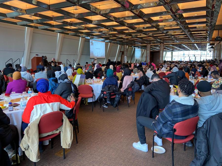 Students gather at Kimmel Rosenthal Pavilion to listen to Sheika leasha Prime. Prime was the keynote speaker at the 2nd Annual Black Muslim Symposium (Staff Photo by Mina Mohammadi)