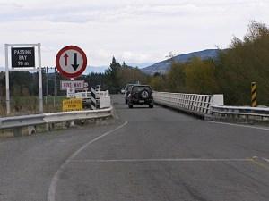 ジェラルディンの片側一車線の橋