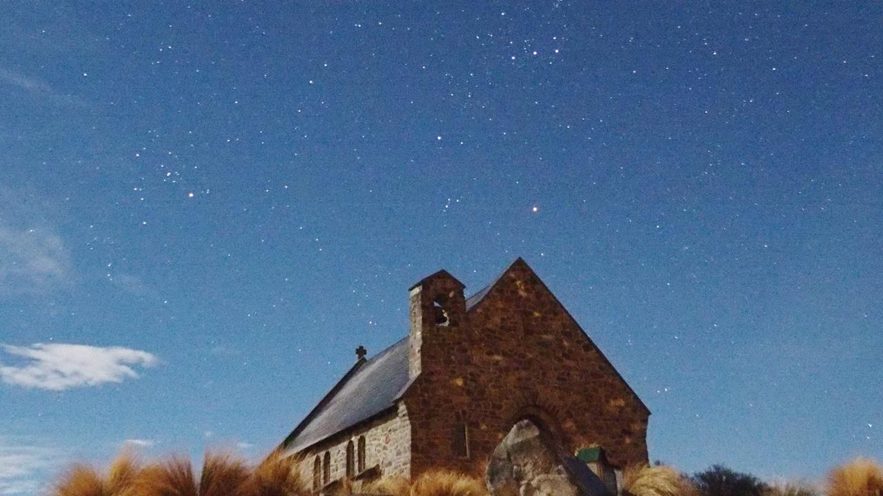 テカポの良き羊飼いの教会とスバル