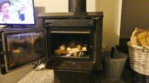 ホリデーホームの薪暖炉