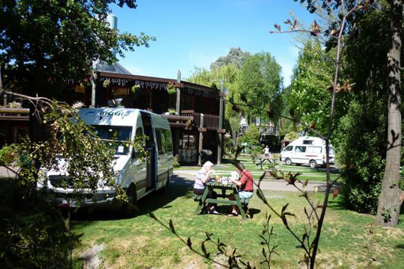 Queenstown Holiday Park Motels, Creeksyde