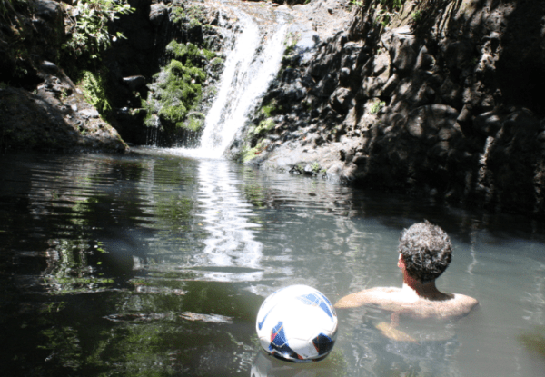 karekare water hole swimming