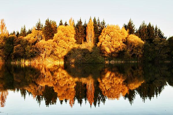 Lakes_2012-04-16_17-35-14__DSC6684_©RichardLaing(2012)