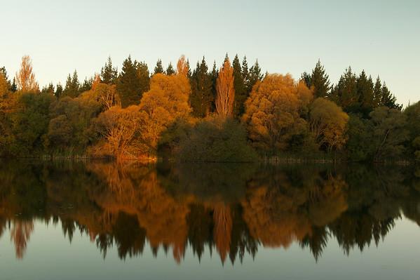 Lakes_2012-04-16_17-38-40__DSC6711_©RichardLaing(2012)