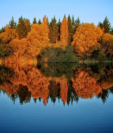 Lakes_2012-04-16_17-35-55__DSC6694_©RichardLaing(2012)