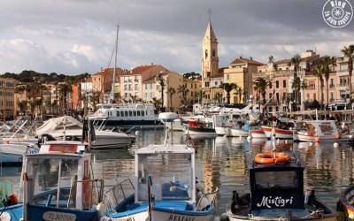 Agréable flânerie sur le port | Sanary-sur-Mer