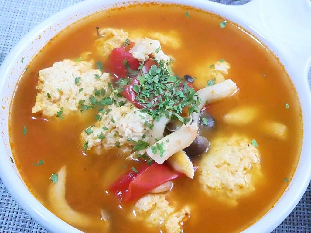 鶏団子としめじのトマト煮