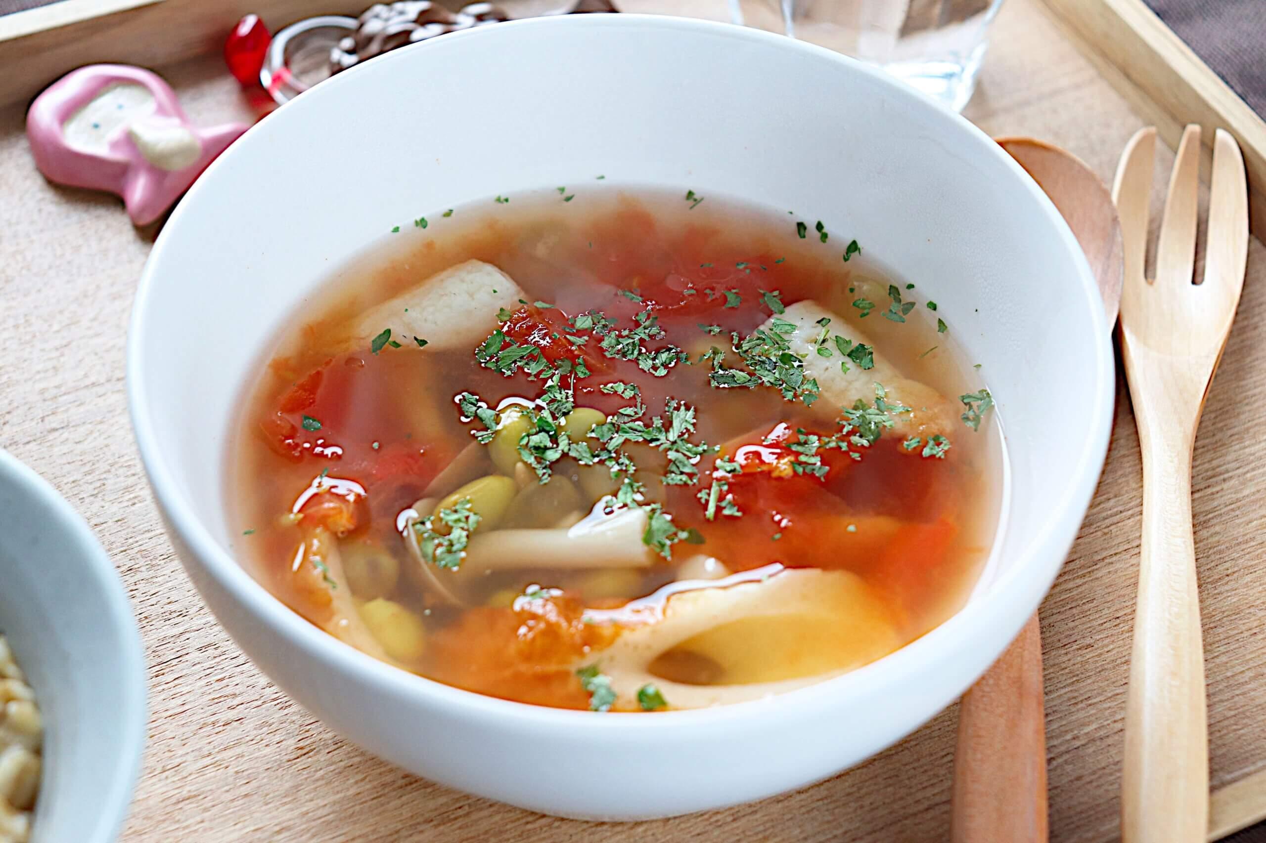 ちくわと枝豆のトマトスープ