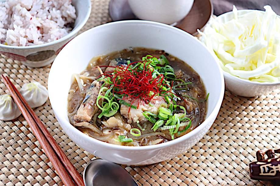 サバ缶と玉ねぎの中華煮