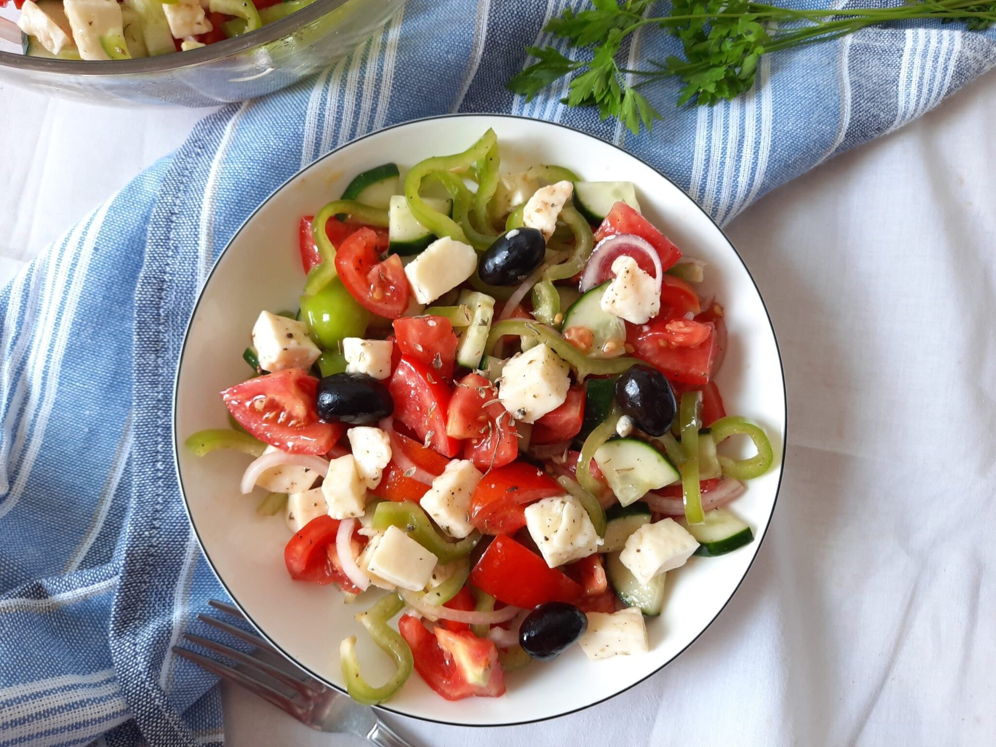 Horiatiki Salata: Greek Salad