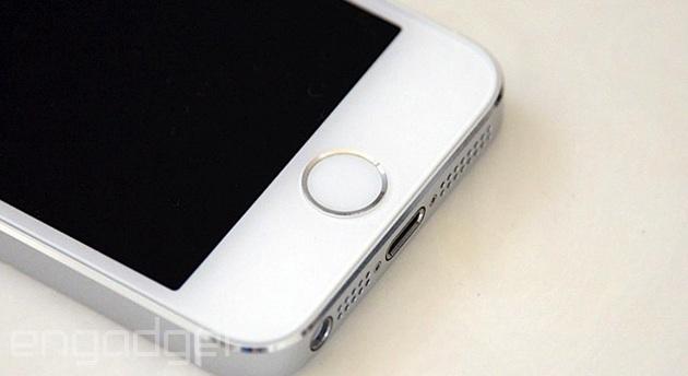 Il nuovo malware di Apple può infettare il vostro iPhone o Macbook via USB