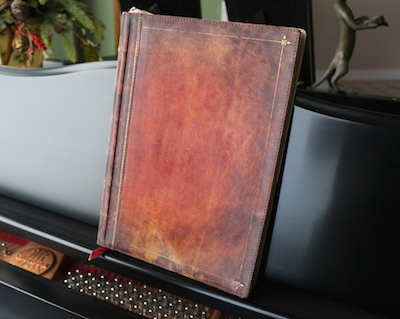 Twelve South Rutledge BookBook for MacBook