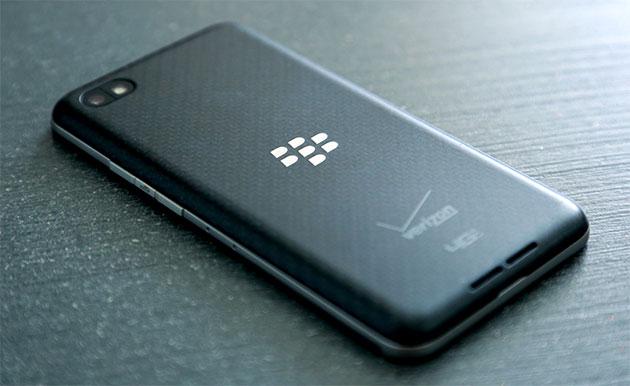 BlackBerry Z30 on its face