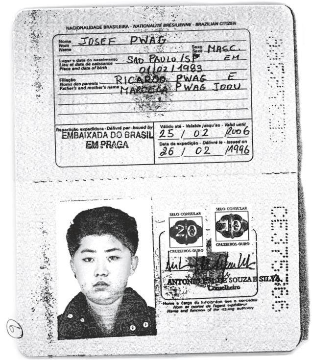 金正恩氏に発行されたブラジルのパスポート。ロイターがコピーを入手。Handout via REUTERS