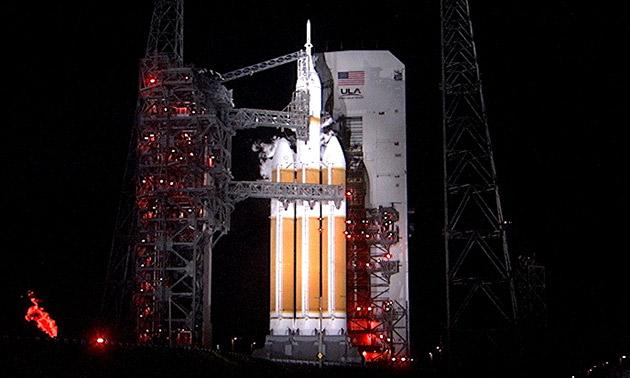 La capsula di Orione della NASA comincia il suo viaggio di 3.600 miglia in spazio cosmico