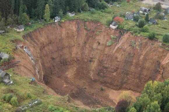 intriguing mysteries happening right now, intriguing mysteries 2015, siberian sinkholes