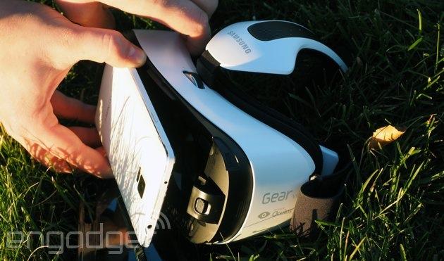 Samsung ha aggiunto appena un video deposito da 360 gradi alla sua cuffia avricolare di VR