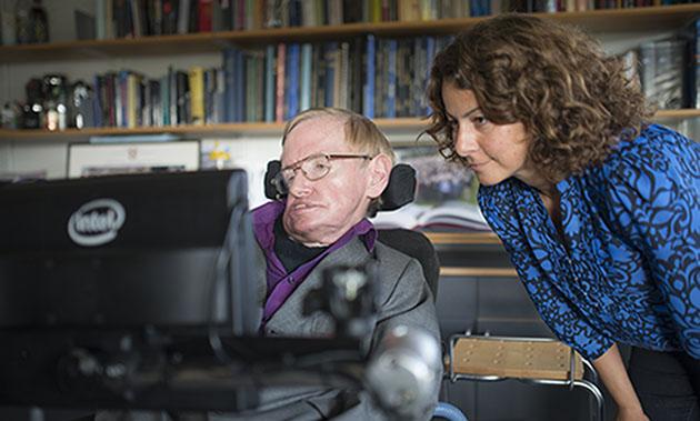 Stephen ora che Hawking usa i suggerimenti di SwiftKey per comunicare più velocemente