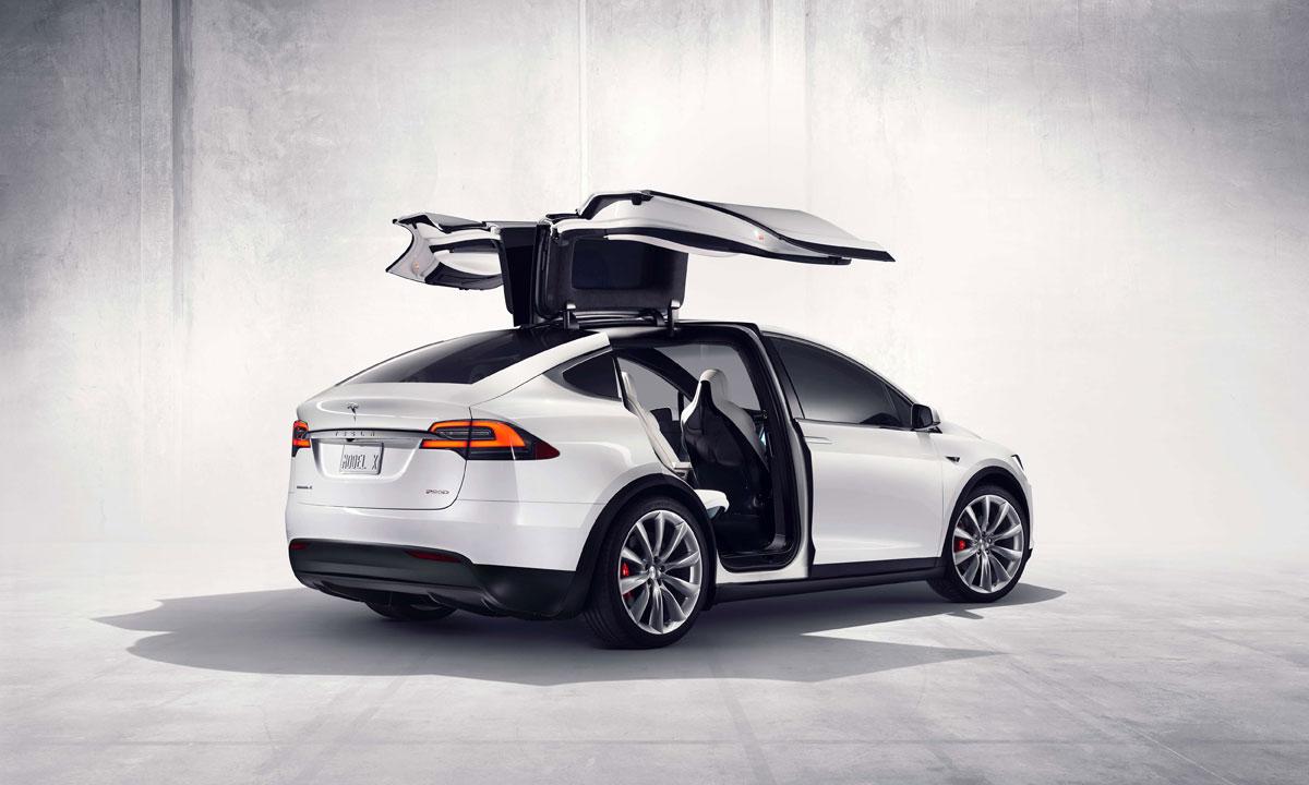 Tesla Model X: Un SUV hipnotizante de 132.000 dólares