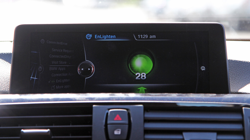 The EnLighten traffic light app in a BMW