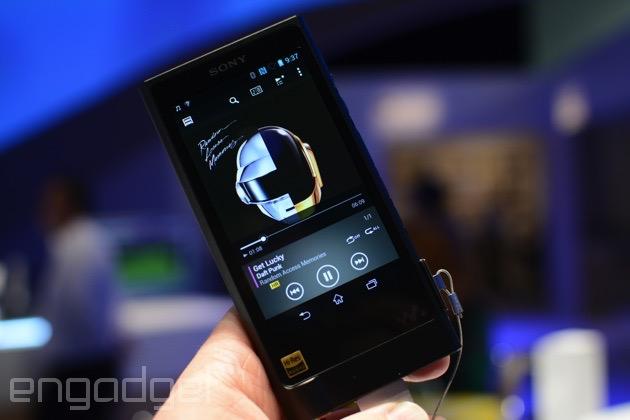 El sonido exquisito tiene un precio y el del Sony Walkman ZX2 es de 1.200 dólares