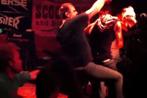 biggest onstage rock star meltdowns, worst band meltdowns of all time, screeching weasel ben weasel meltdown 2011