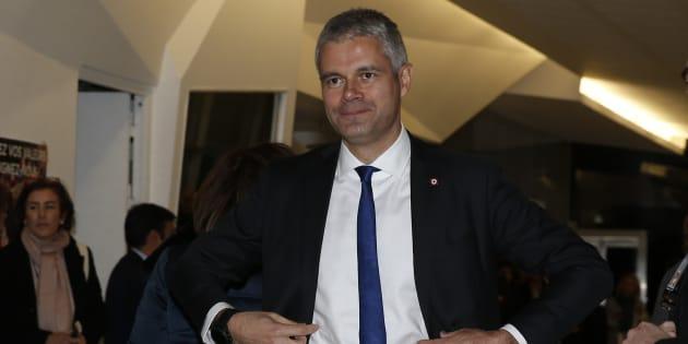Laurent Wauquiez demande la démission de Gérald Darmanin, une position différente de beaucoup de cadres LR.