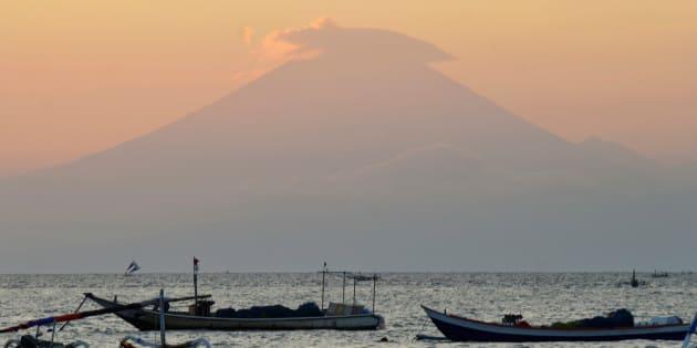 アグン山(September 21, 2017)
