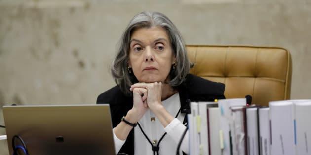 Proposta em tramitação na Câmara dos Deputados que limita auxílio-moradia aguarda informações da ministra Cármen Lúcia, presidente do STF.
