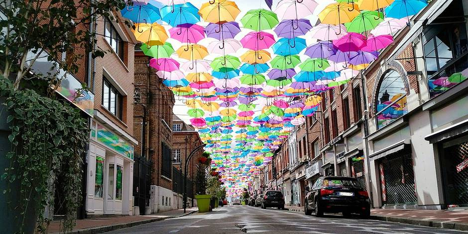 Exclusif Une Rue Parapluie Verviers La DH