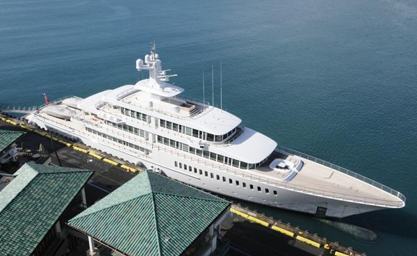 Yacht Owned By Lanai Owner Larry Ellison Docked In