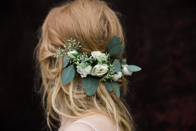 Oak & Lily Flowers Winnipeg Wedding Justine & Ben Spray rose and seeded eucalyptus hair piece