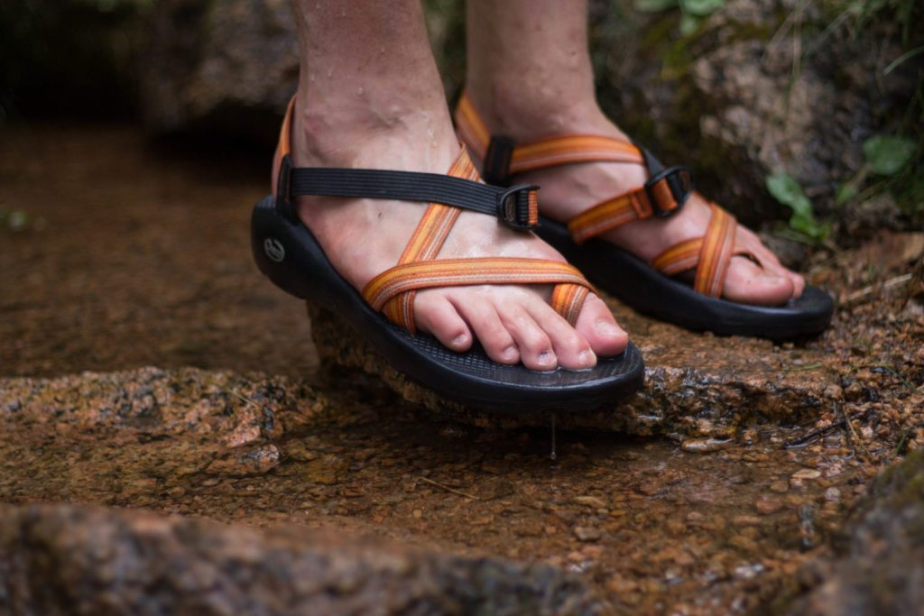 chacos-25