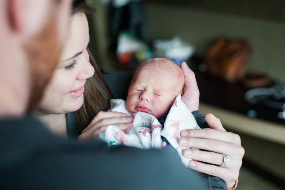 Fresh 48 hospital newborn photoshoot