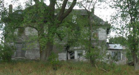 Crumbling House Oak Eternal