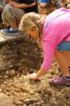 Grade-1-Gardening-Outing