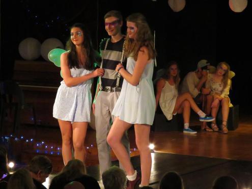 Interact-Fashion-Show-2015 (4)