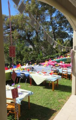 2 Mad Hatters Tea Party (18)