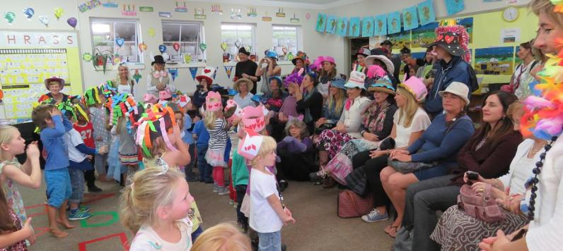 Mad Hatters Tea Party (30)