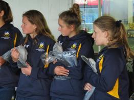 Bryanston School UK student gifting Knysna Sports School aspiring cricketers (Copy)