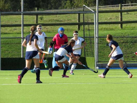 Oakhill player Sophia Trollip against Bryanston UK U16 girls a well matched game (Copy)