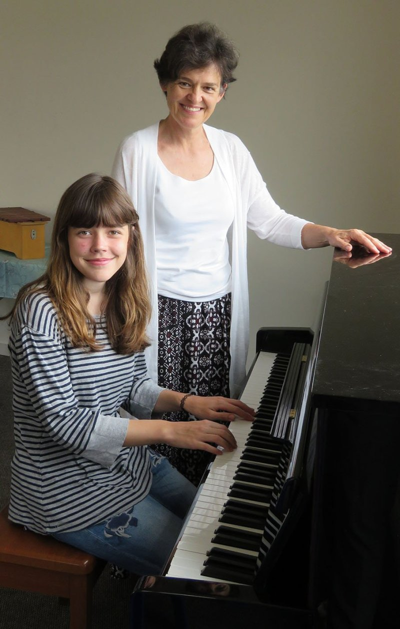 Julia Opperman and Dr Anneke Lamont 2 LR
