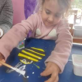 Bee Happy.8