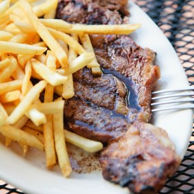 Steak and Frites More Your Thing? At Oak Hill, It's as Delicious as It Looks!