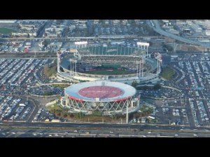 oakland raiders will be at oakla 300x225 - Oakland Raiders Plan To Leave Coliseum Stadium, Owe $1 Million In Parking Money