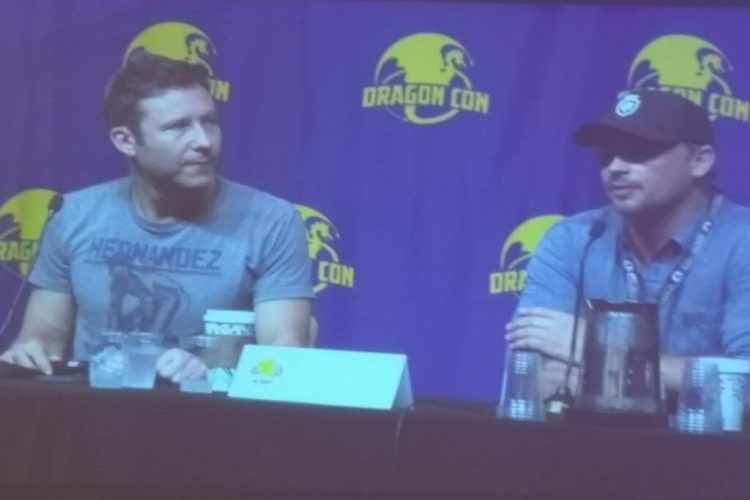 Dragon Con Atlanta: Smallville's Michael Rosenbaum and Tom Welling At Panel
